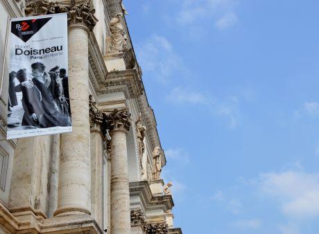 La parigi di robert doisneau un mondo di poesia oltre il for Mostra palazzo delle esposizioni