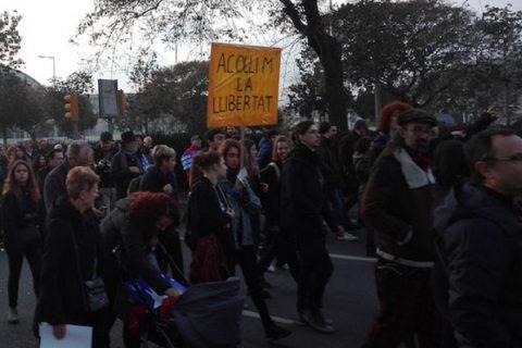 Manifestazione a Barcellona in favore dell'accoglienza