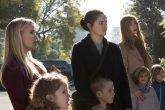 Lies. Reese Witherspoon, Shailene Woodley e Nicole Kidman con i rispettivi figli in una scena di Big Little Lies