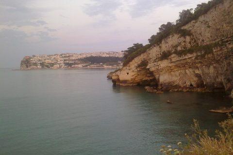 Il mare Adriatico nei pressi di Peschici