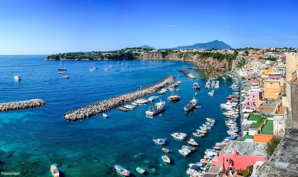Marina di Corricella Procida