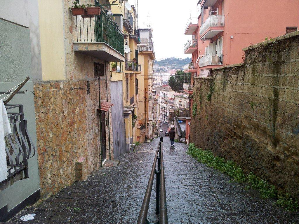 Napoli citt di mare con scale itinerari nascosti i - Foto di scale ...