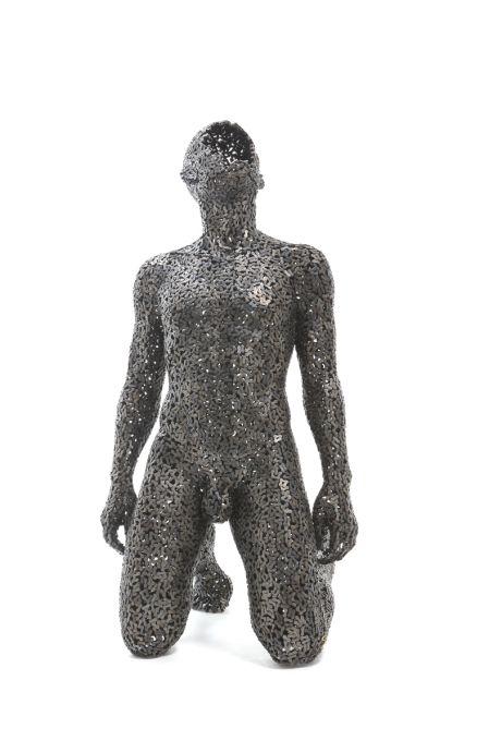Seo Young Deok Anguish #24, Iron chain 65 x 65 x 130 cm 2015