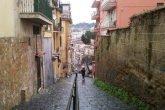 Napoli via Telesino scale