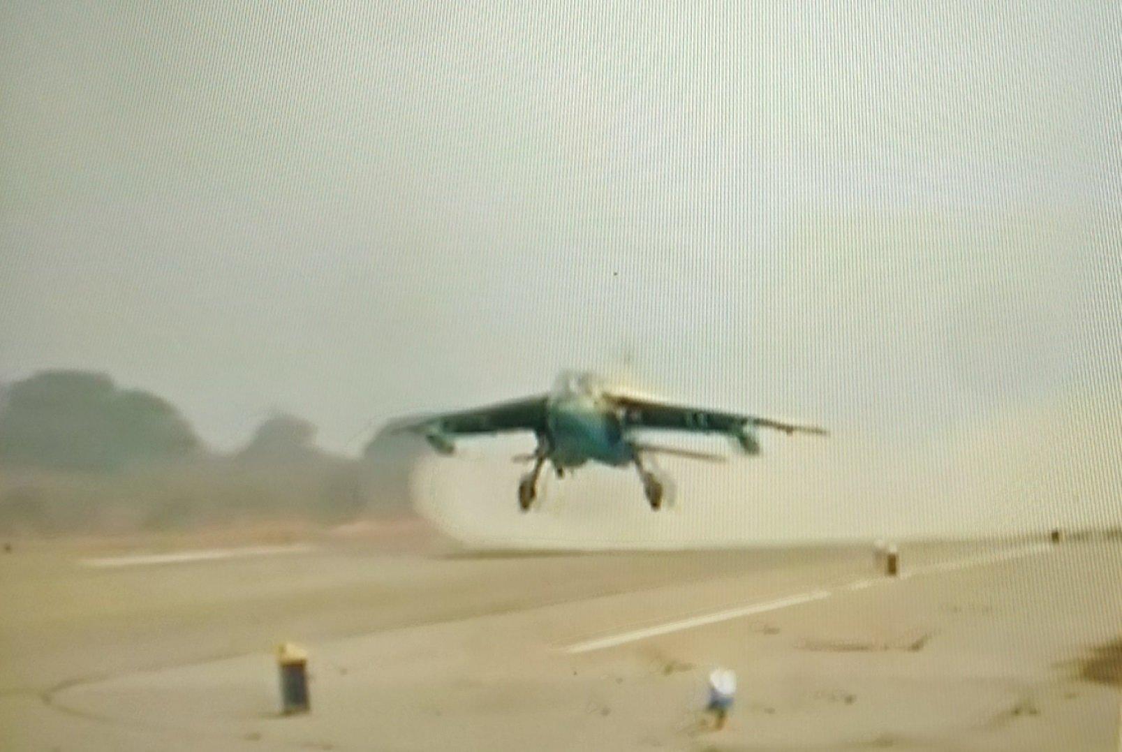 Aereo Da Combattimento Russo : Armi aereo da combattimento guerra mentinfuga