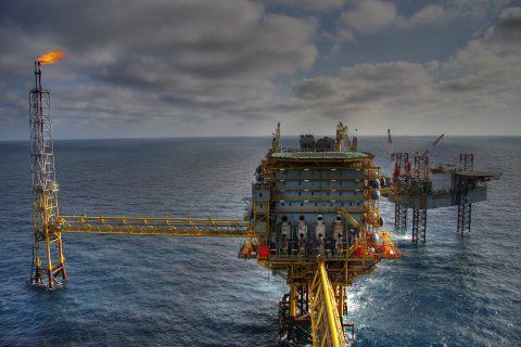 trivellazioni petrolio gas economia