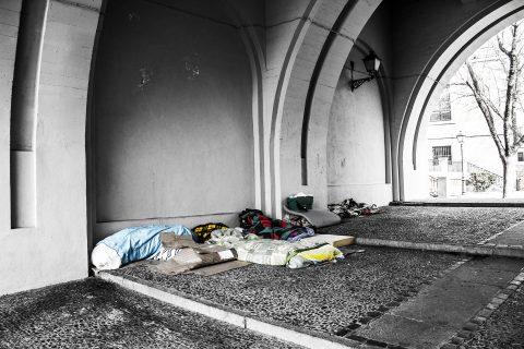 povertà, senza tetto