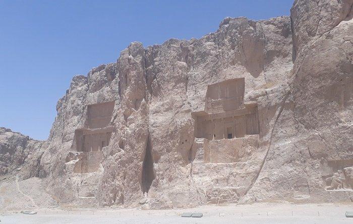 Iran, Naqsh-e-Rostam. Le tombe dei Re achemenidi. scavate nella roccia