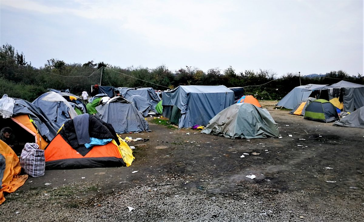 Campo profughi a Velika Kladuša
