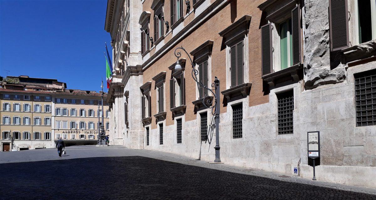 Roma Palazzo Montecitorio parlamento