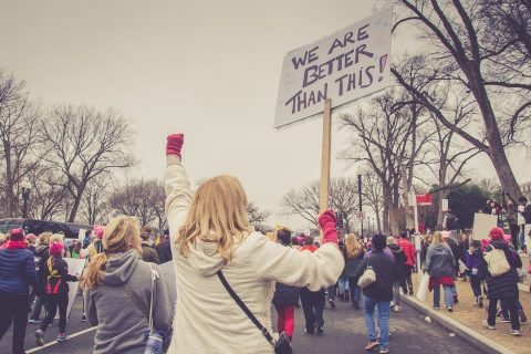 donne durante una manifestazione