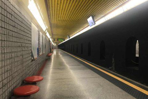 metro stazione treno