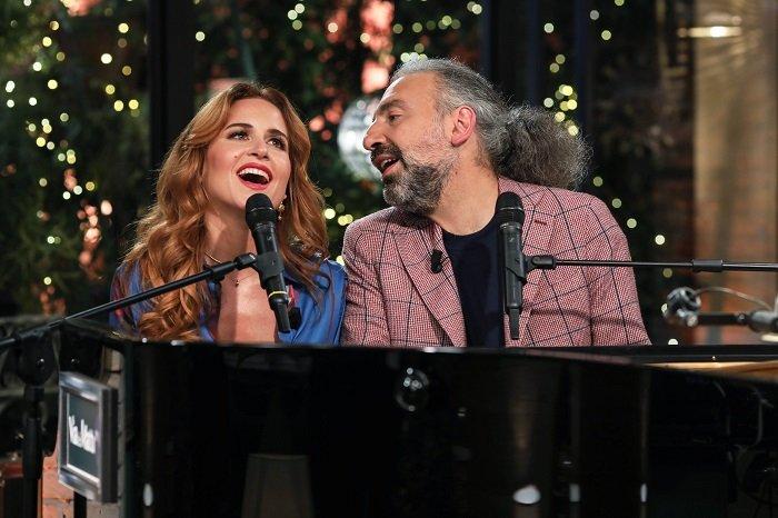 Valentina Cenni e Stefano Bollani in via dei matti numero 0