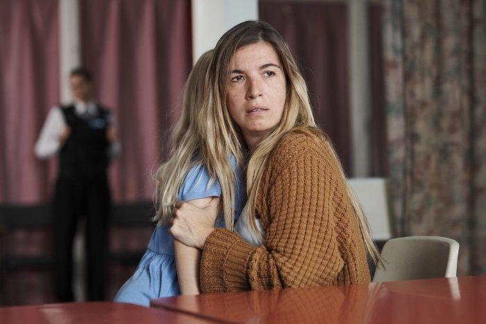 Lúcia Moniz in Listen