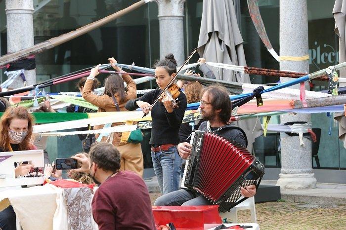 Marta Pistocchi al violino e Giovanni Melucci alla fisarmonica