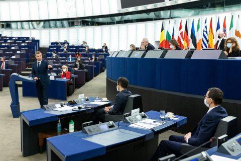 Parlamento Europeo plenaria crisi polonia